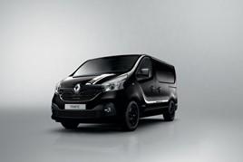 Black Renault Trafic